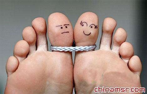 盐水泡脚促进血液循环