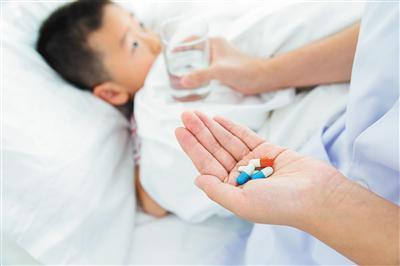 """剂量不准估摸着来 """"儿童酌减""""这药咋吃?"""